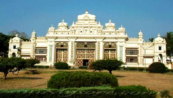 Jaganmohan Palace Art Gallery
