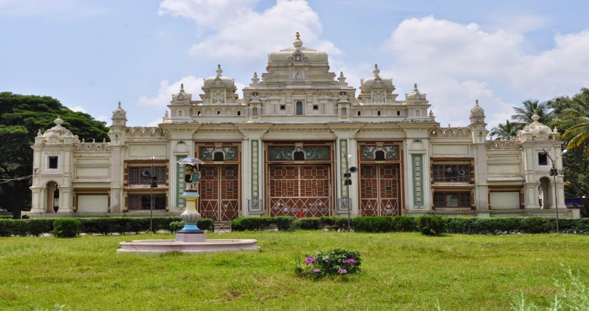 jaganmohan-palace-art-gallery-1.jpg