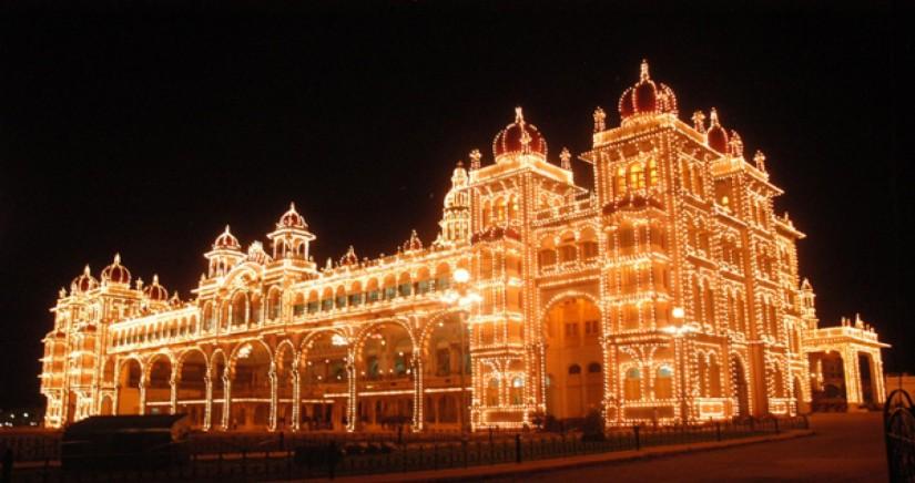 mysore_palace_night.jpg